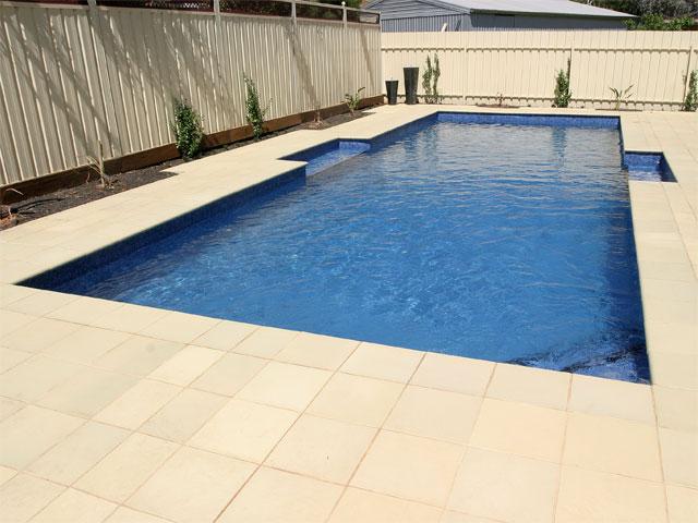 pool-05-lge